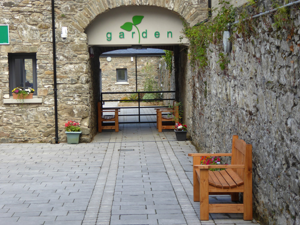 courtyard6